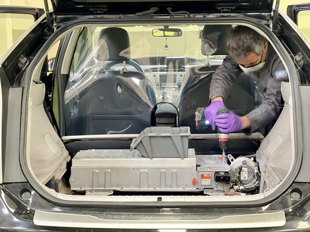 Toyota Prius -Servo Motors Adjust